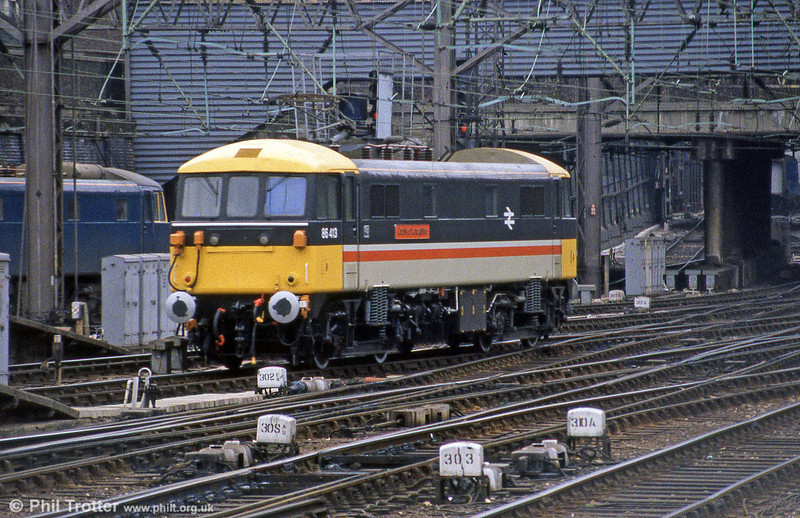 86413 'County of Lancashire' seen at Euston in May 1985. The loco had been named at Preston on 30th April 1985. (Thanks to CPB for additional info.)