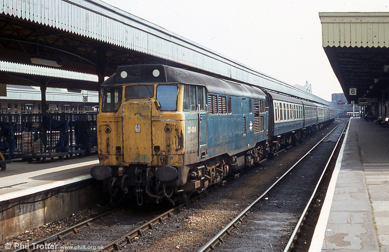 A tired and grubby looking 31414 at Cardiff Central. 31414 is preserved at the Ecclesbourne Valley Railway.