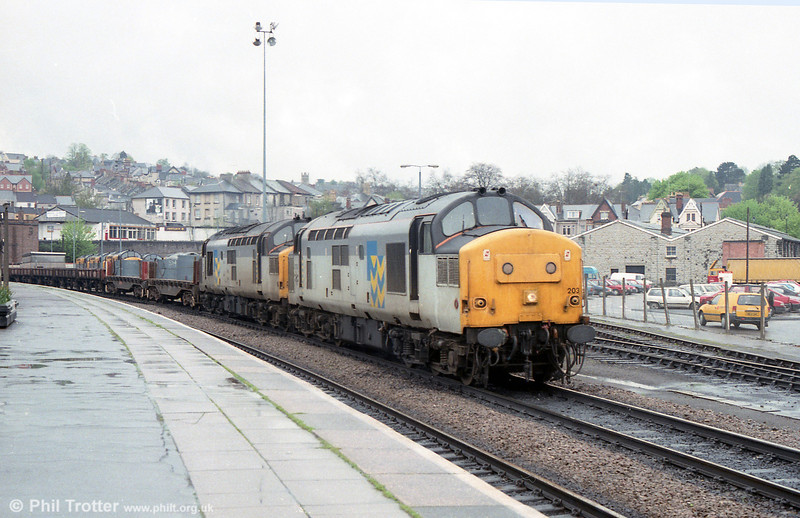37203 and 37290 are seen together at Newport.