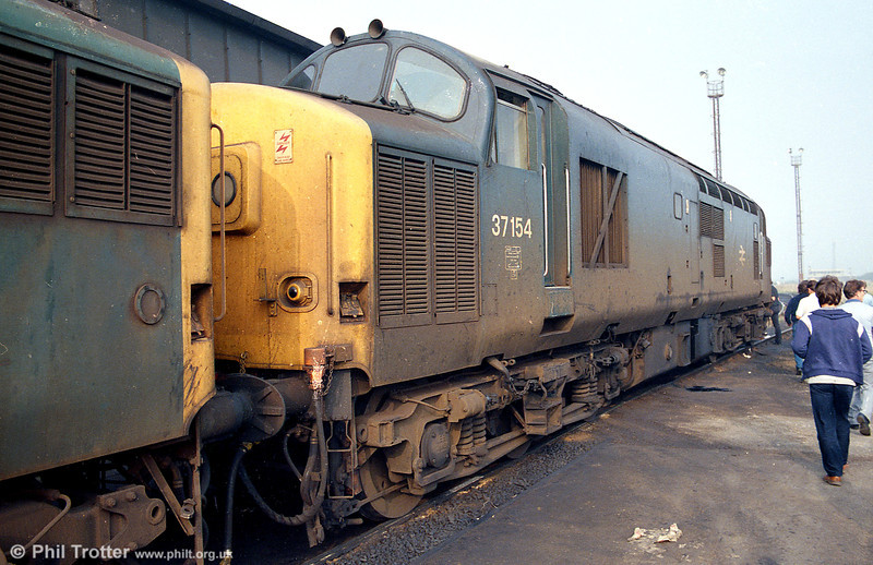 37154 at Margam MPD on 29th September 1985. This loco ended its days at Wigan CRDC in July 2000.