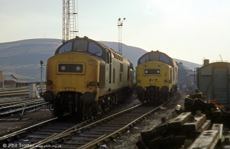 37286 and 37138 at Landore TMD on 22nd December 1979.