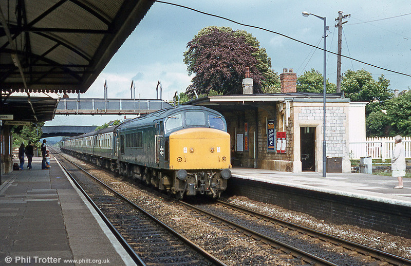 A class 46 rushes through Yatton with its load of holidaymakers.