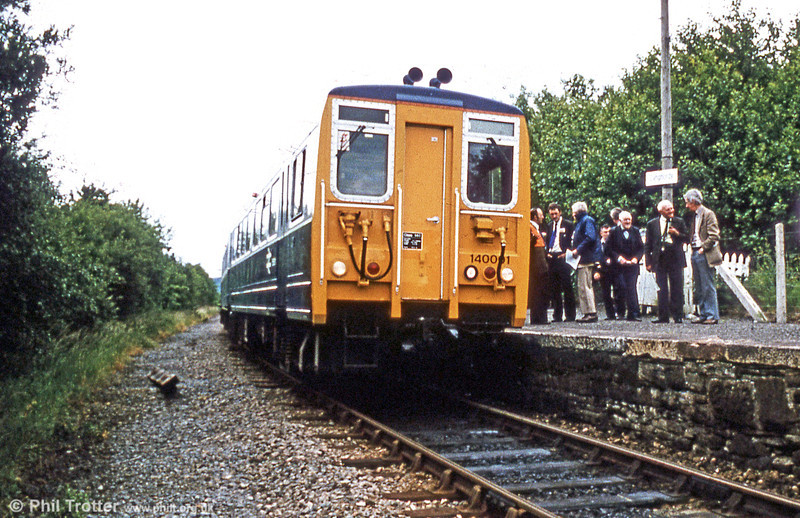 140001 on a demonstration run pauses at Cynghordy in 1982.