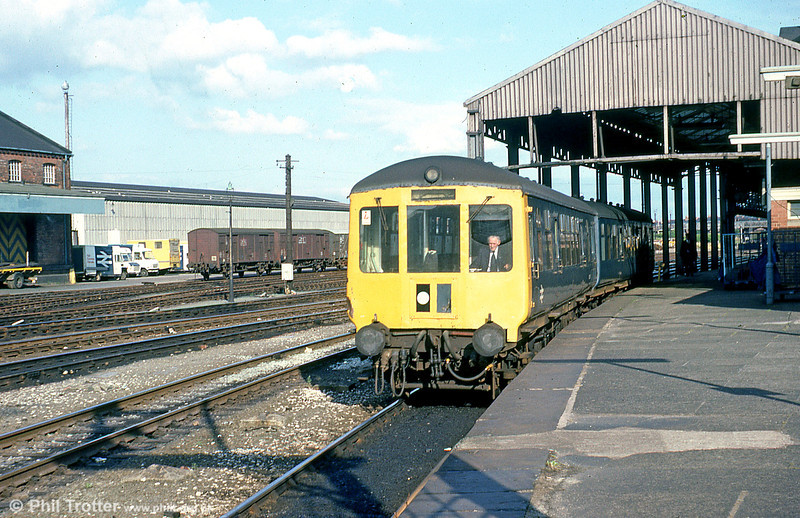 My happy student days were drawing to a close when I photographed this Gloucester RCW class 100 dmu with M50358 leading, leaving Chester on 23rd July 1979.