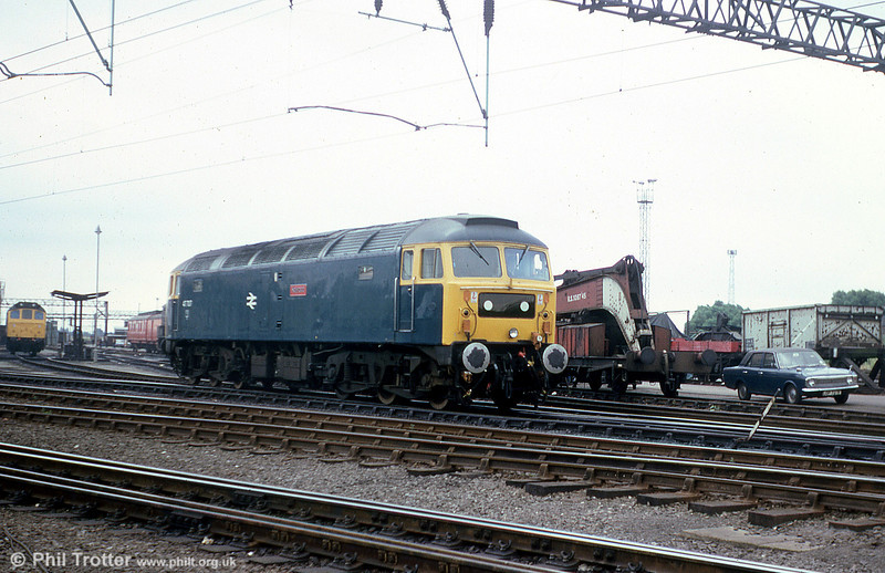 47707 'Holyrood' in the company of a Mk.II Cortina at Crewe on 23rd July 1979. The loco was one of the first 47/7s, being converted from 47506 in May 1979 for use on Glasgow - Edinburgh push-pull services.