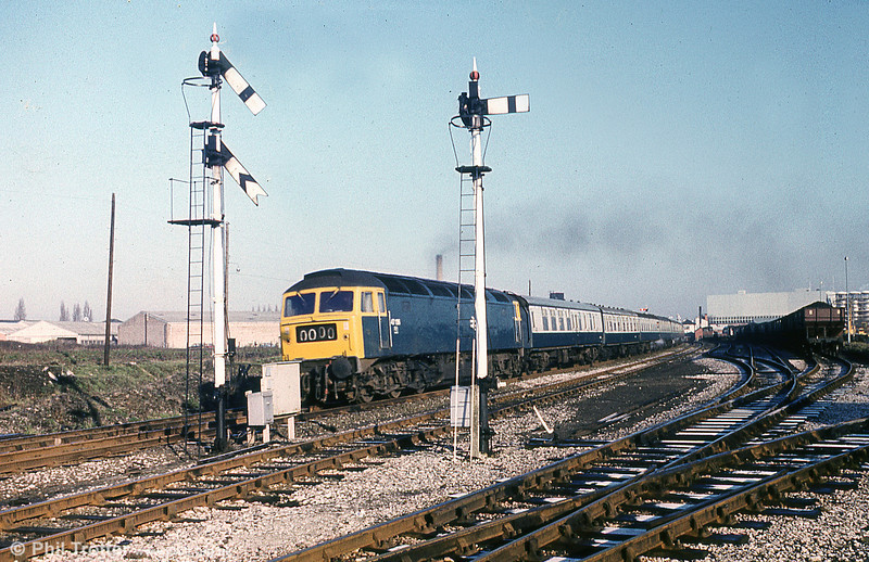 47136 accelerates away from Wrexham General in 1977.