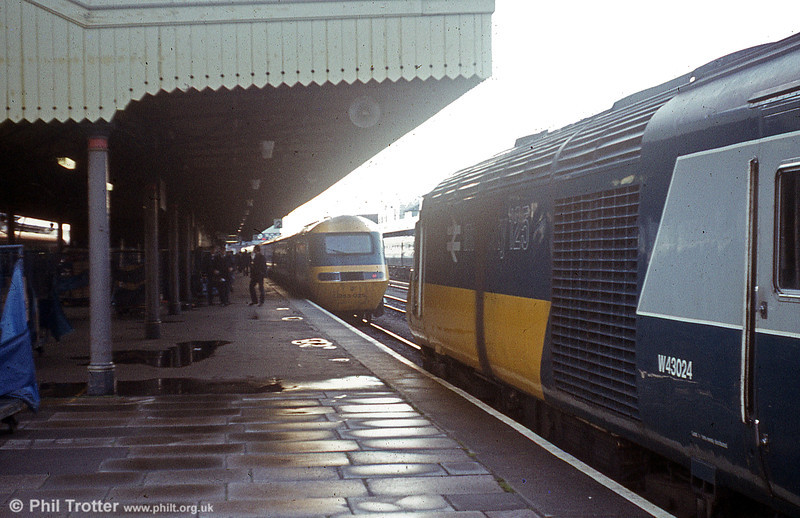 43024 at Cardiff Central.