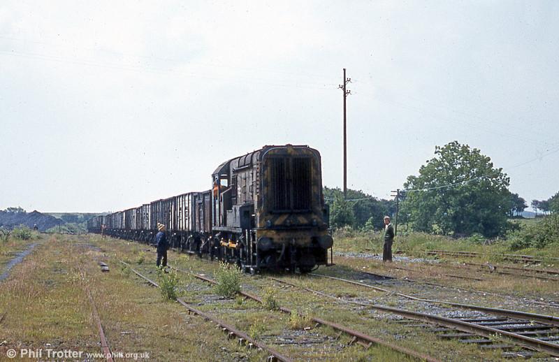 08818 at Graig Merthyr Exchange Sidings in June 1980.