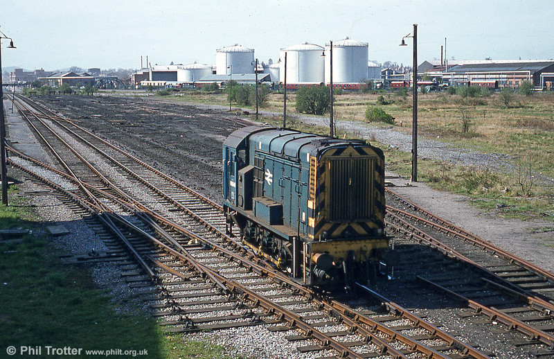 08646 at Moorfields, Hereford on 19th April 1980. In the background is the erstwhile Bulmers Railway Centre, which closed in 1990.