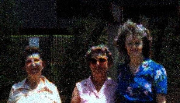 Myrel, Opel, Carla (Lois).
