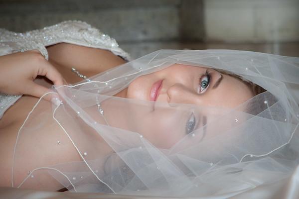Brette Bridal