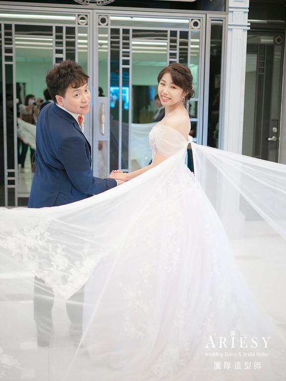 新娘秘書、蓬鬆編髮造型、高丸子造型、白紗造型、戶外證婚
