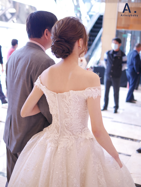 台北新秘,清透妝感,歐美新娘造型,皇冠造型,白紗造型