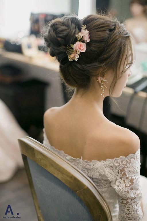 台北新秘,新祕推薦,清透妝感,花藝新祕,花藝造型,白紗造型