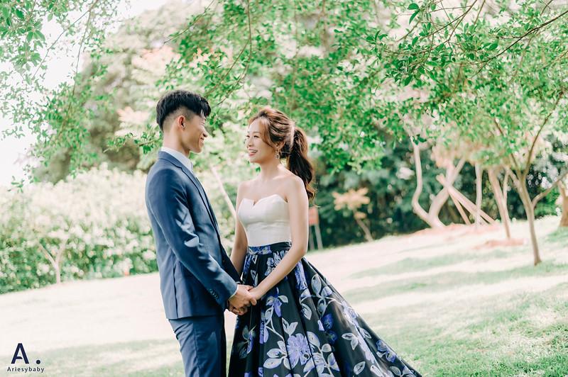 美式婚紗,新娘秘書,馬尾造型,時裝新秘,時裝婚紗,沙崙海灘
