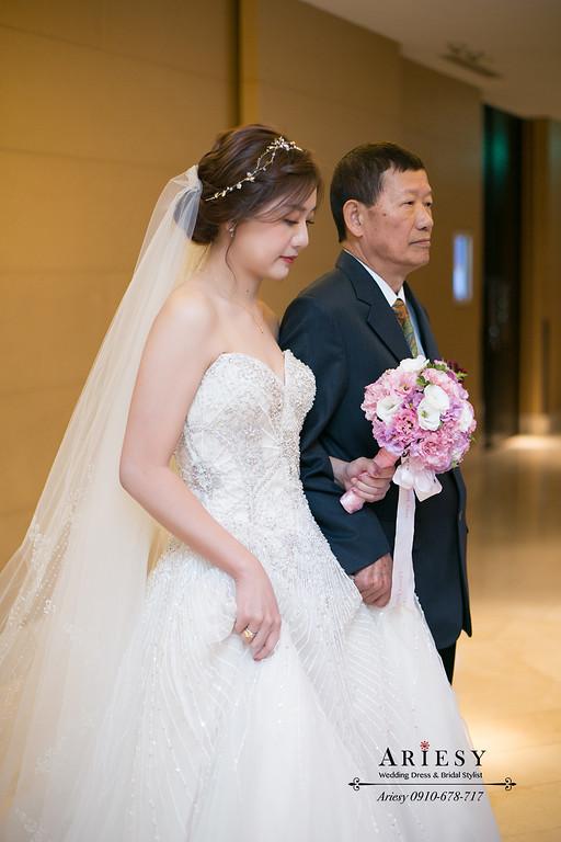 清透妝感,氣質新娘造型,編髮新娘造型,ariesy,進場白紗