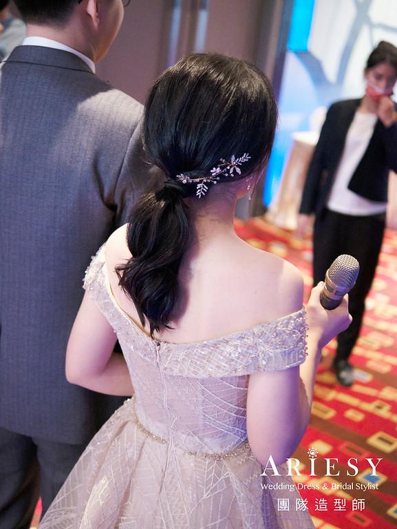 新娘秘書、黑髮新娘、自然清透妝感、蓬鬆低馬尾、新秘
