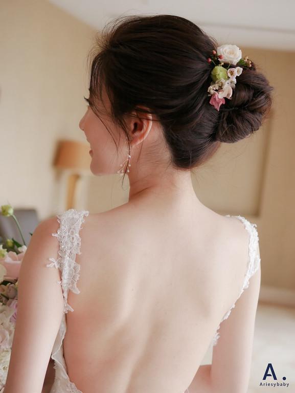 北部新秘,新娘秘書,白紗魚尾造型,鮮花新秘,花藝造型,翰品酒店