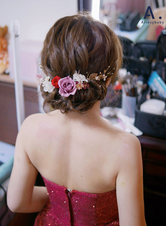 台北新秘,清透妝感,文定新娘髮型,編髮造型,花藝造型,新莊典華