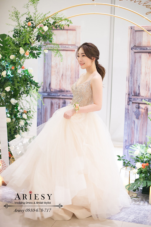 送客新娘造型,心之芳庭婚宴,台中新秘,鮮花新娘造型,ariesy,新娘手腕花環