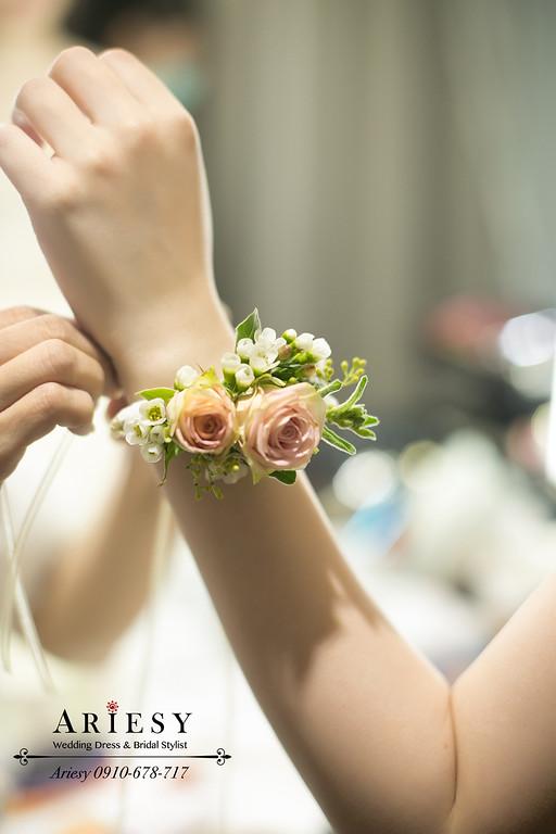 心之芳庭婚宴,台中新秘,鮮花新娘造型,愛瑞思,ariesy,新娘手腕花環