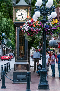 Steam Clock-Tourist-Gastown