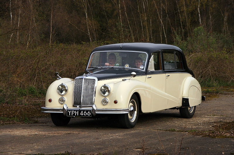 YPH 466 ARMSTRONG SIDDELEY SAPPHIRE 1955