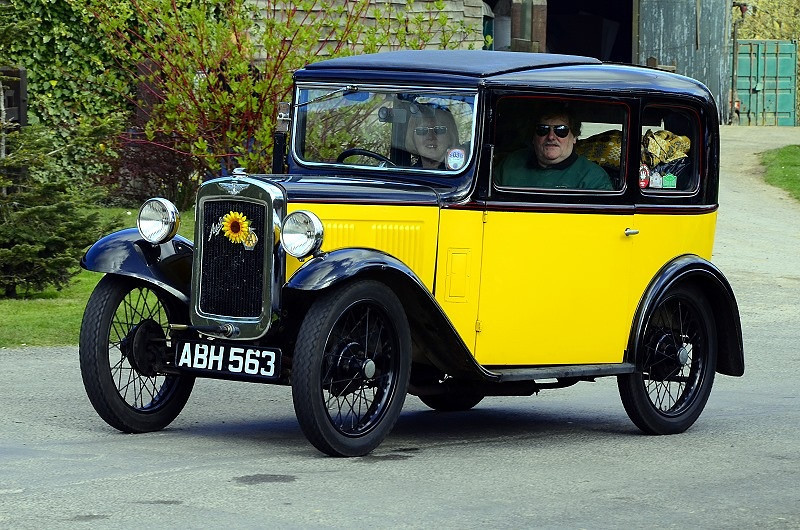 ABH 563 SEVEN BOX SALOON 1933