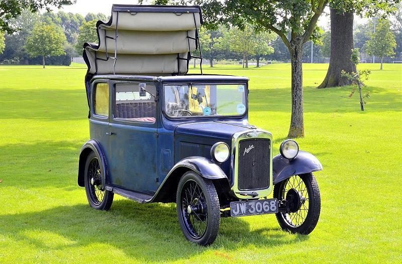 JW 3068 TICKFORD SALOON 1933