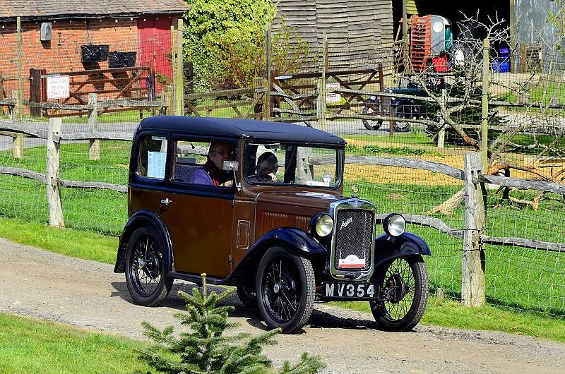 MV 354 BOX SALOON 1931