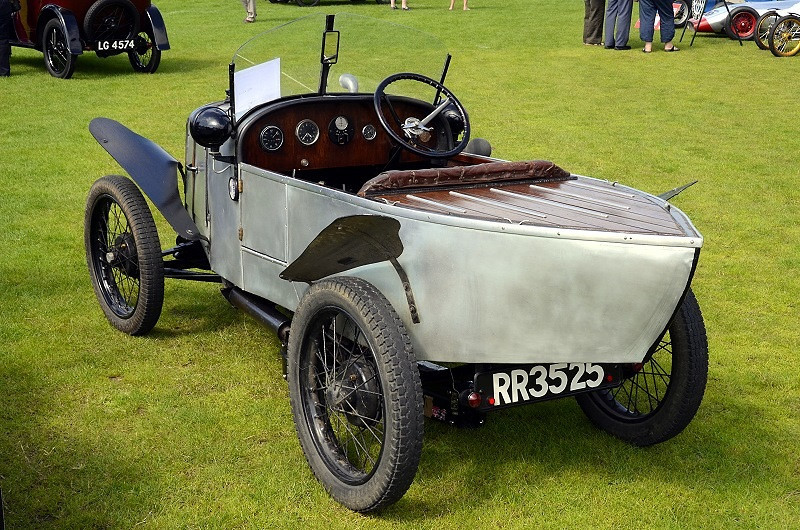 RR 3525 BURGHLEY SPORTS.
