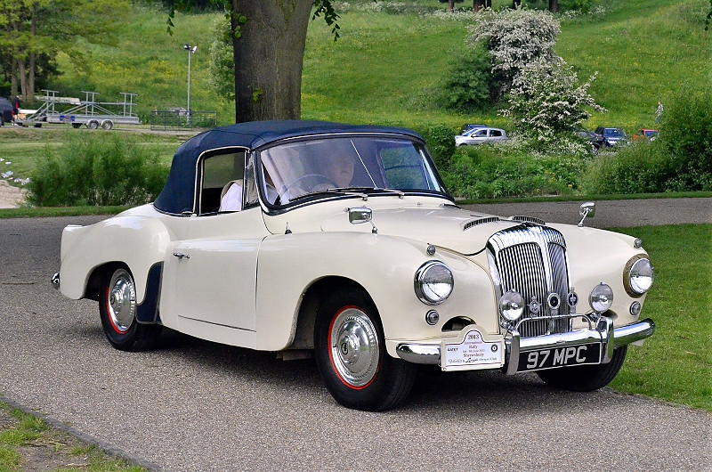 97 MPC DAIMLER CONQUEST CENTURY DROPHEAD COUPE
