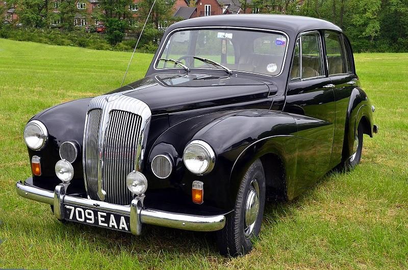 709 EAA DAIMLER CONSORT 1957