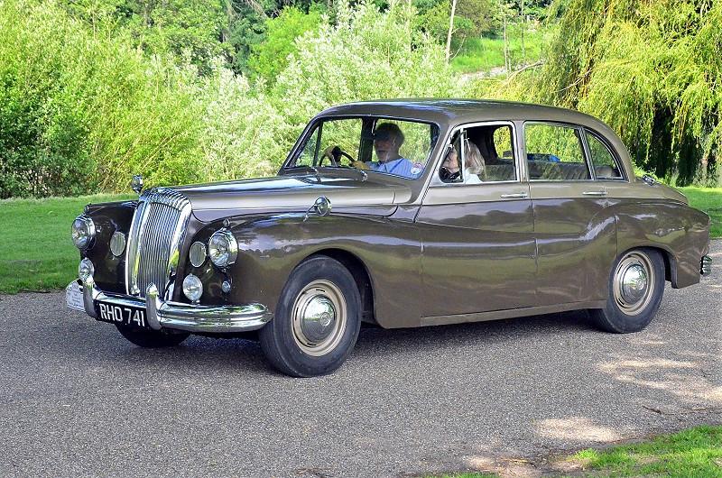 RHO 741 DAIMLER ONE-O-FOUR 1957