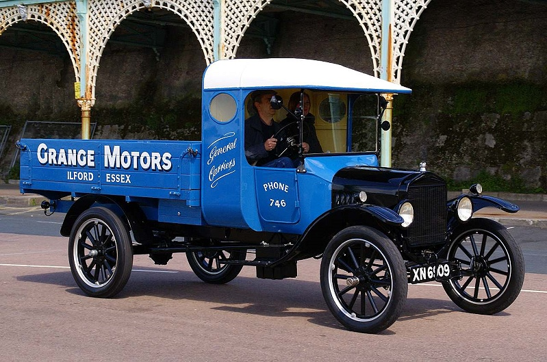 XN 6909 FORD MODEL TT 1923