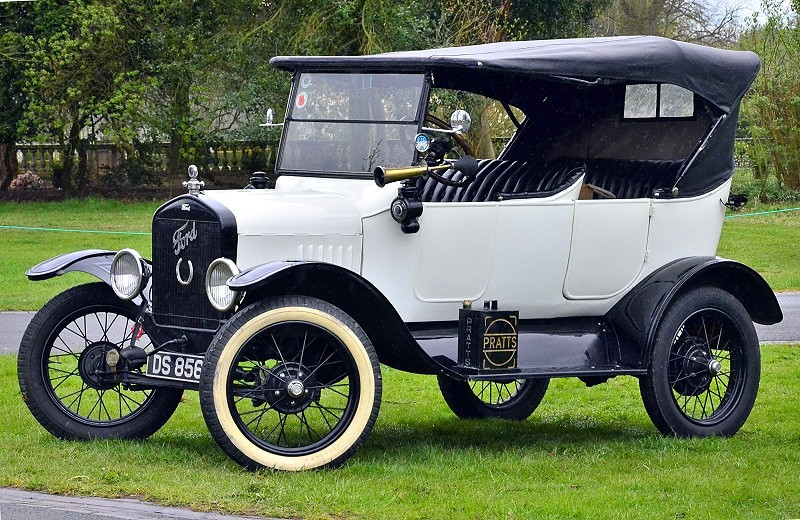 DS 8562 FORD MODEL T 1923
