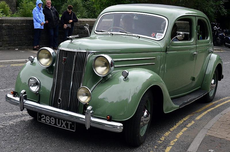 269 UXT FORD V8 PILOT 1950