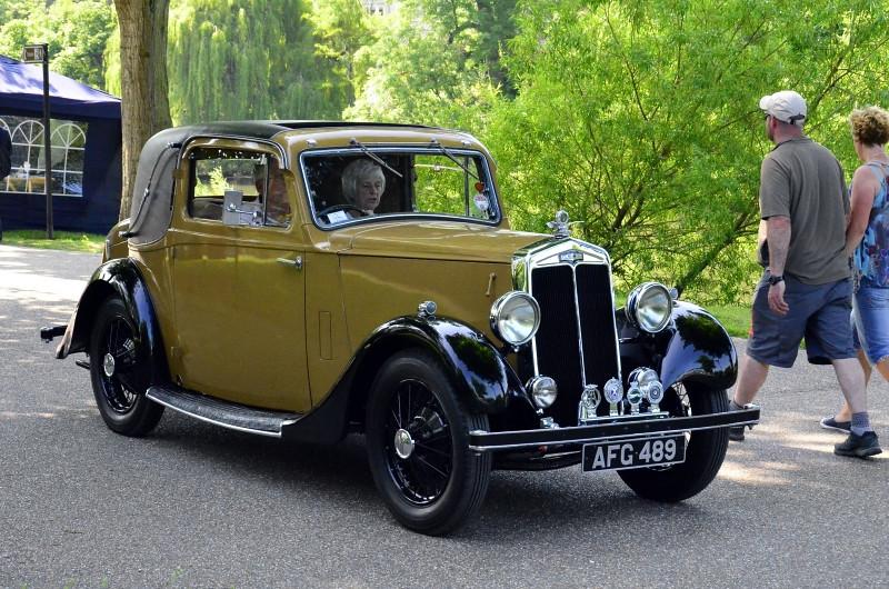 AFG 489 LANCHESTER 1935