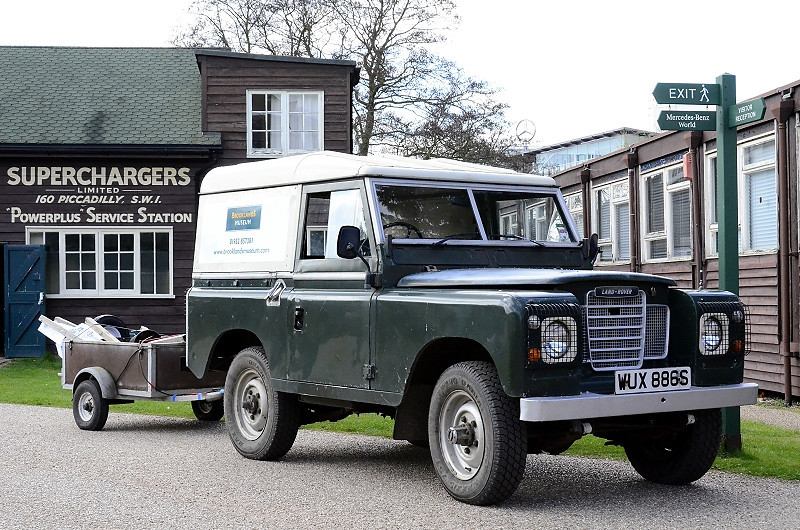 WUX 886S LAND ROVER BROOKLANDS MUSEUM