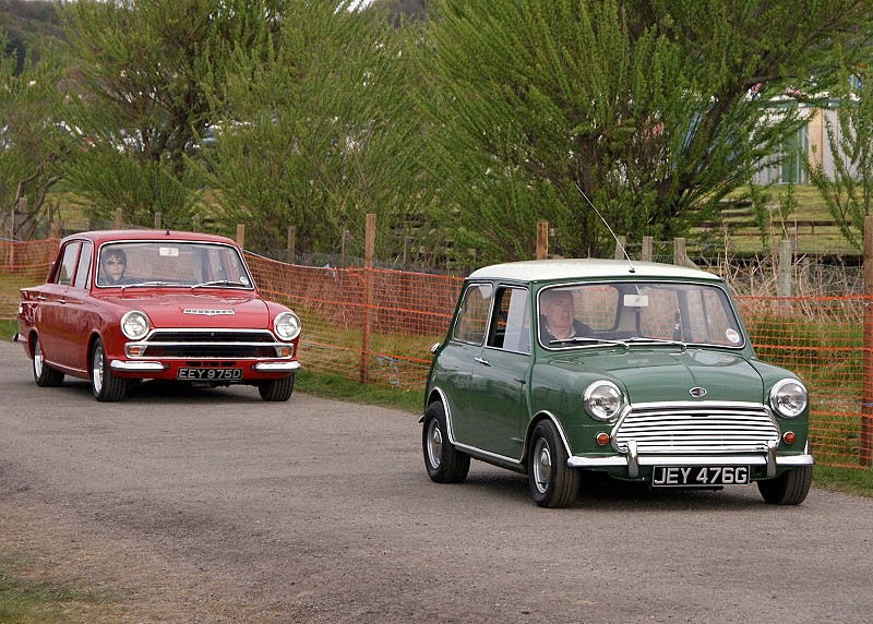 MINI & FORD CORTINA