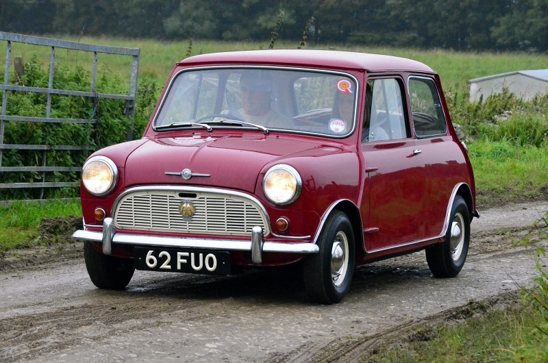 62 FUO MORRIS MINI MINOR 1960 (2)