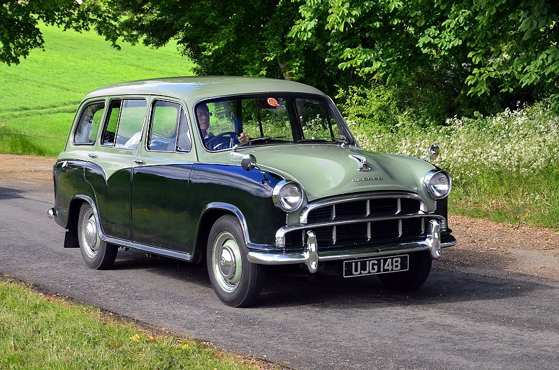 UJG 148 OXFORD ESTATE SERIES IV 1960