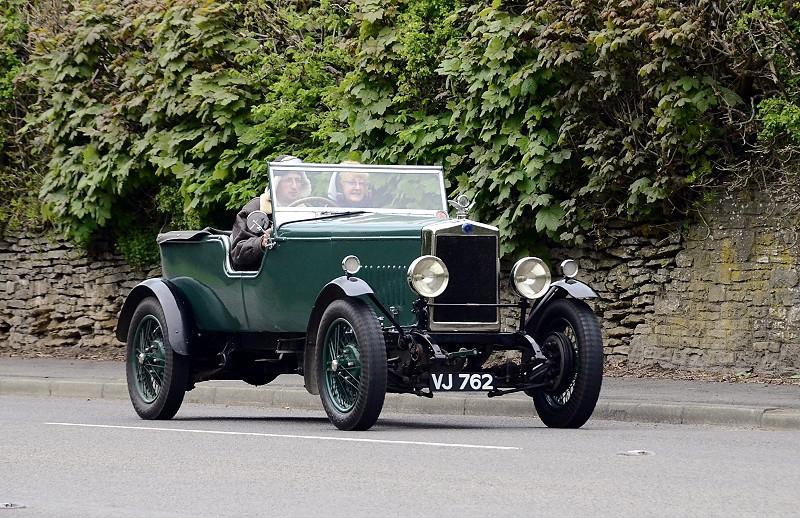 VJ 762 MORRIS COWLEY 1928