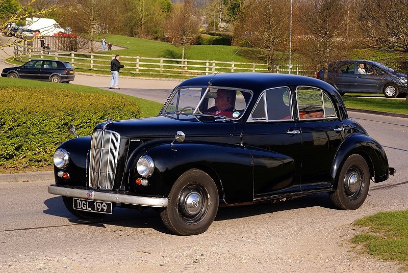 DGL 199 MORRIS SIX MS 1953