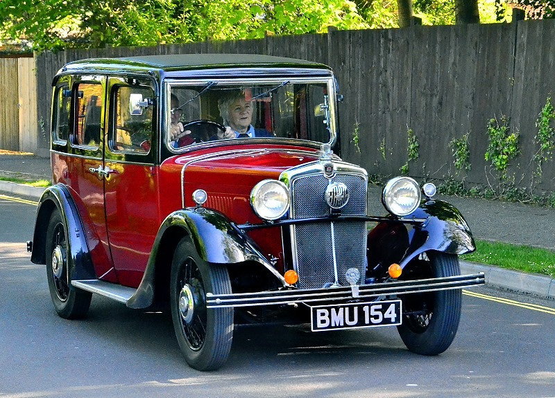 BMU 154 MORRIS OXFORD SIX 1935