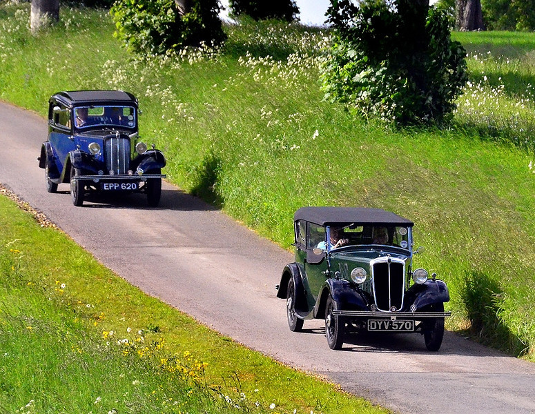 MORRIS EIGHT SALOON & CABRIOLET