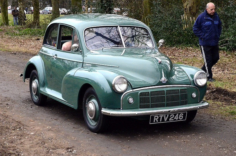 RTV 246 MORRIS MINOR SERIES II 1953