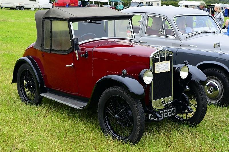 GJ 3323 TRIUMPH SUPER 7 1930 (2)