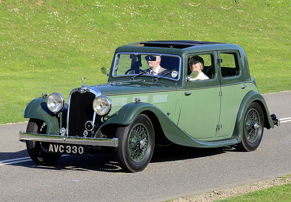 AVC 330 GLORIA SIX 1935