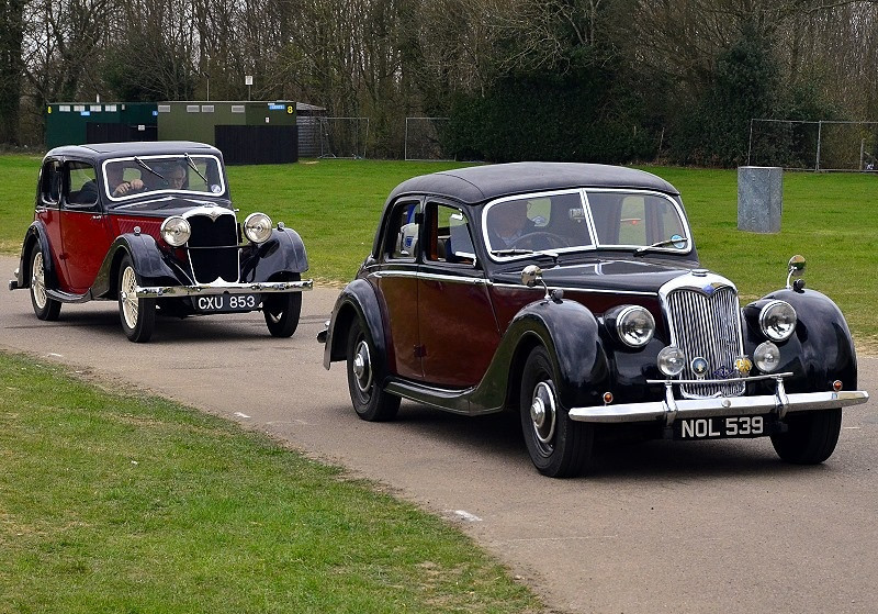 NOL 539 RILEY RMF 2 5 1953 & CXU 853 RILEY MERLIN 1936